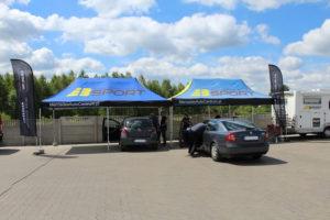 Toyota i skoda podczas badania technicznego w MaXserwis AutoCentrum w Radlinie