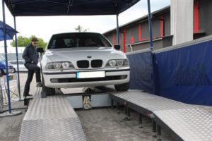 BMW podczas badania technicznego Bilstein i MaXserwis