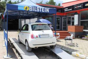 Fiat 500 podczas badania technicznego Bilstein i MaXserwis