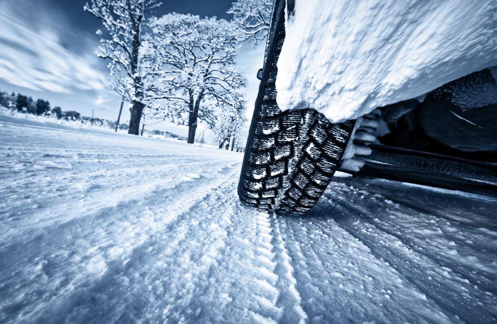 zmiana opon przed zimą - przygotuj samochód na zimę